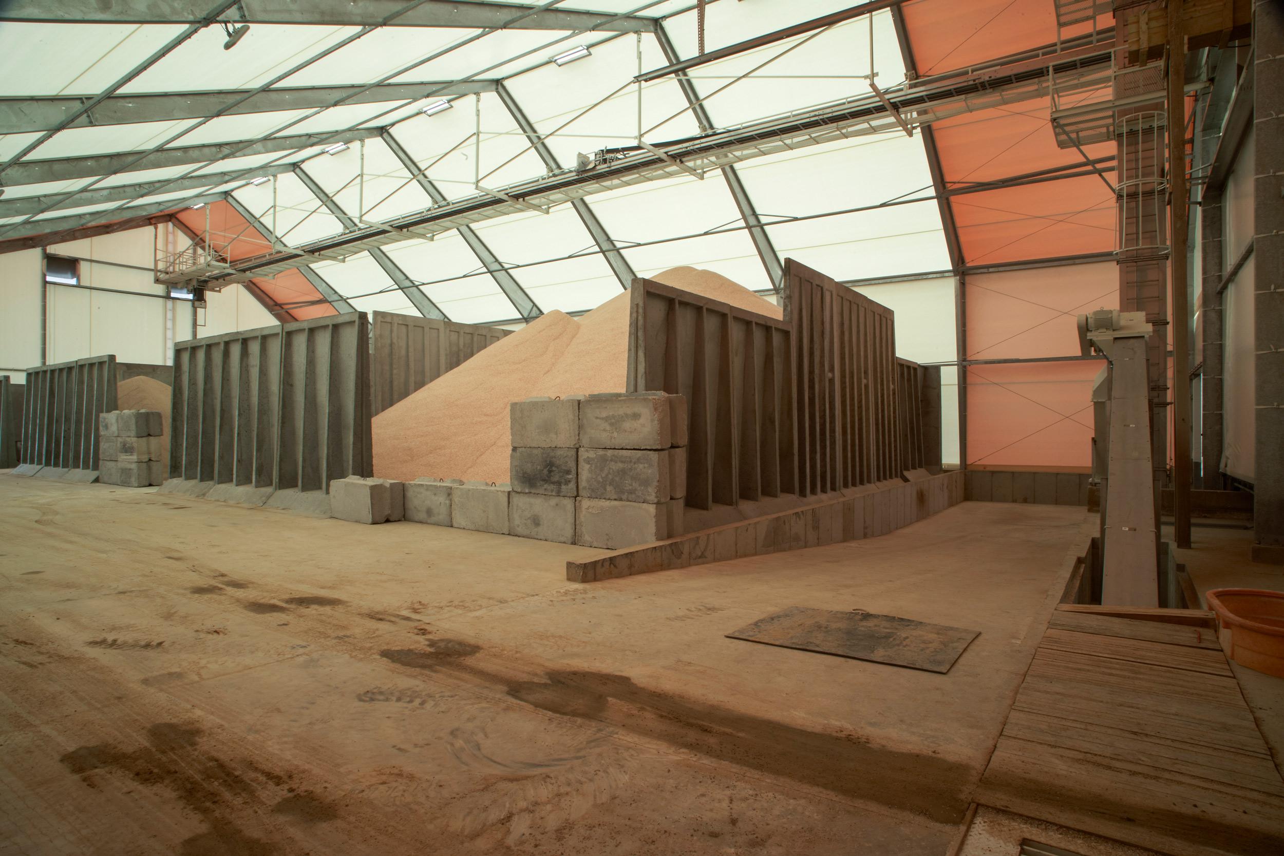 fabric feed storage building