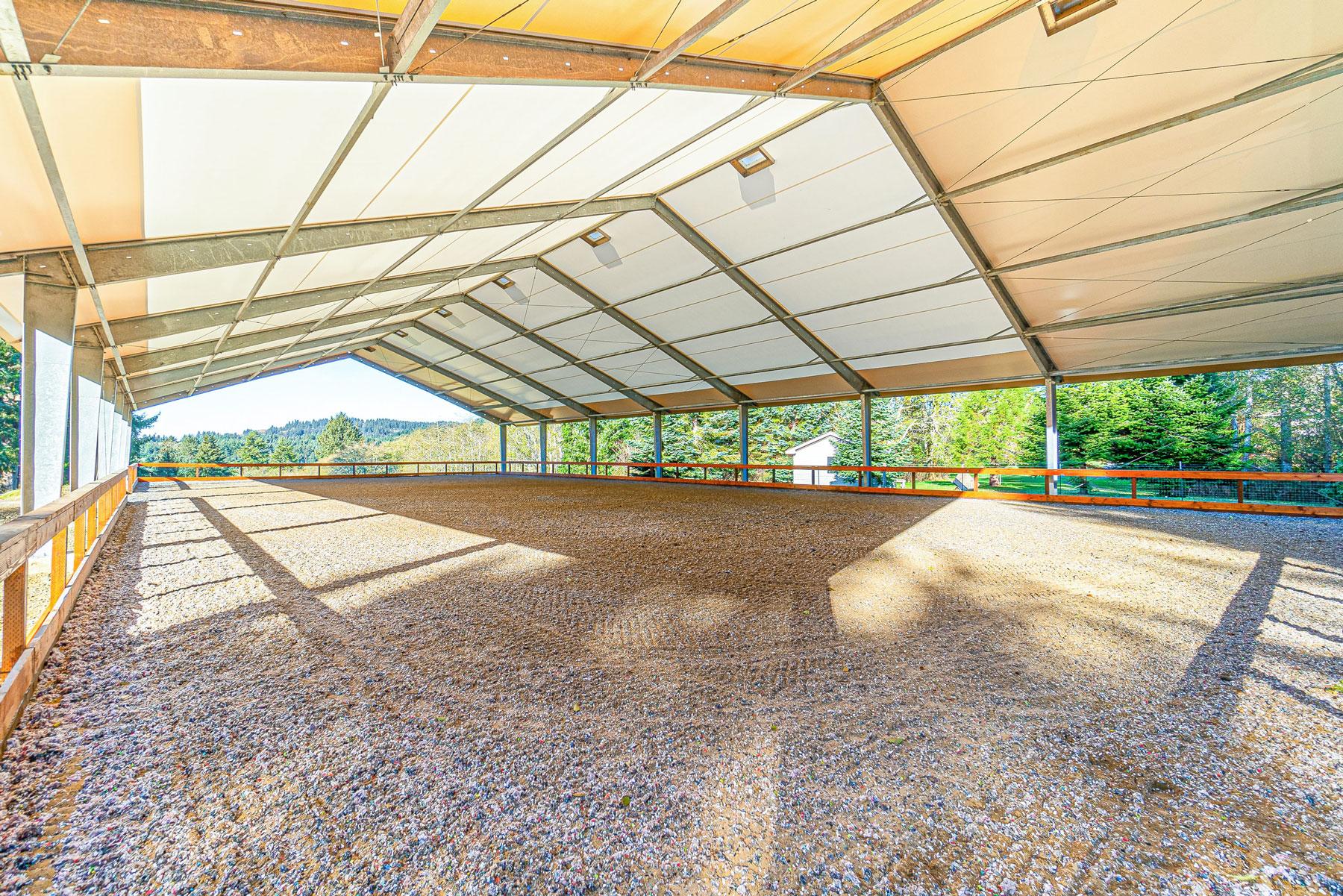 Highland-Farms-Interior